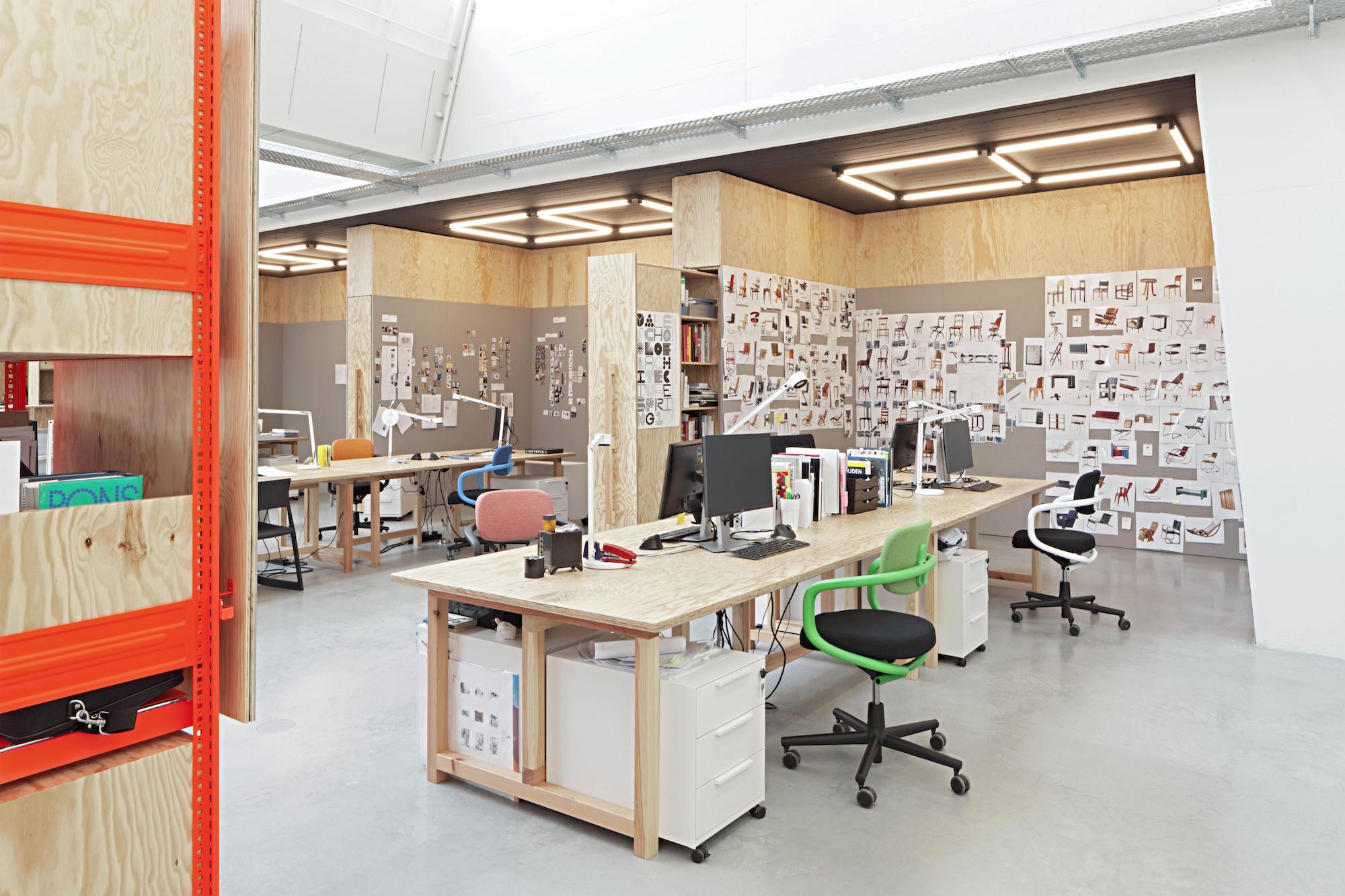 Der arbeitsplatz der zukunft drei gr nde f r flexibles for Office design vitra