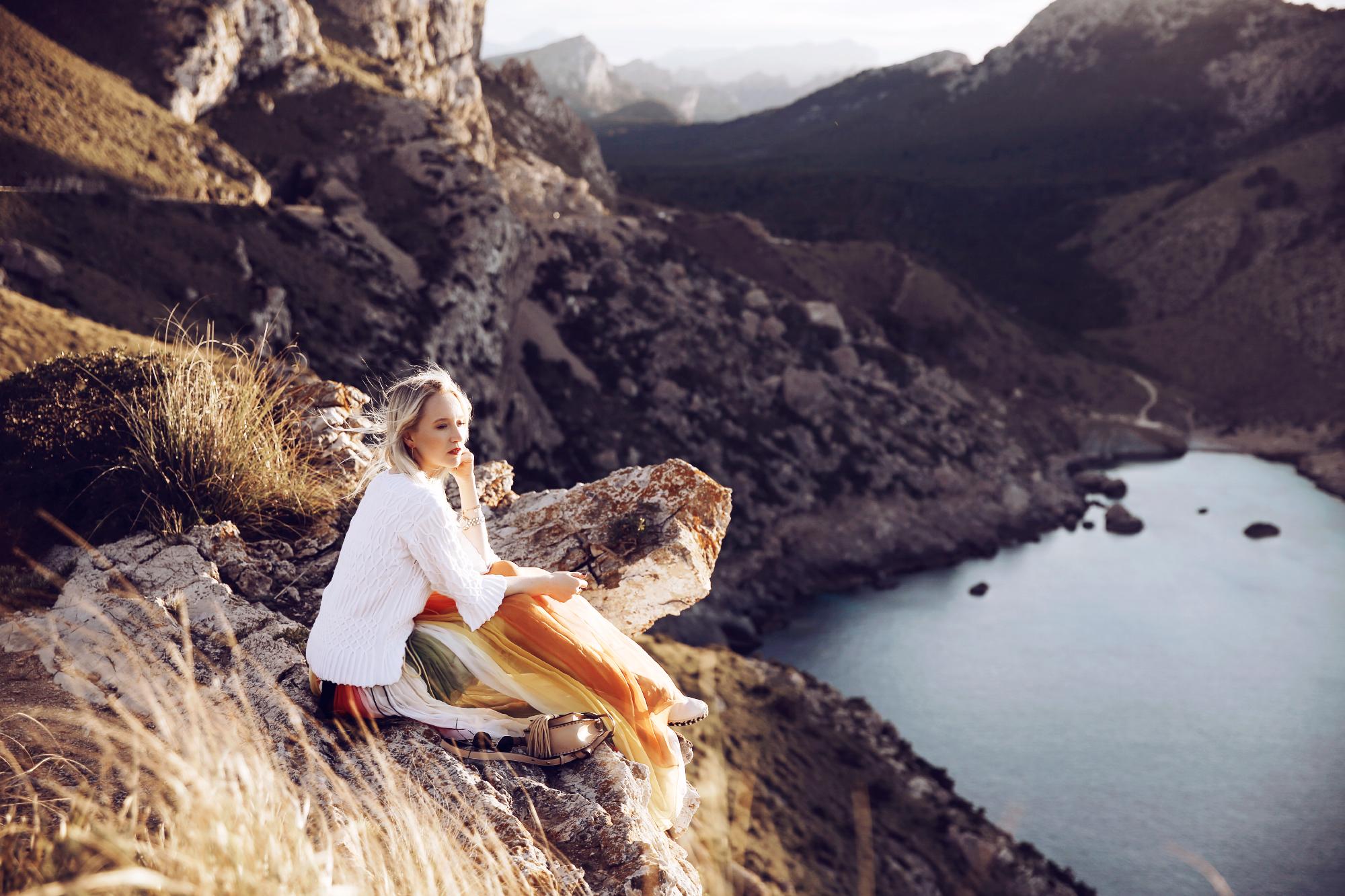 Mode-Influencerin Juliane Diesner (Style Shiver) bei einem Cover PR Shooting