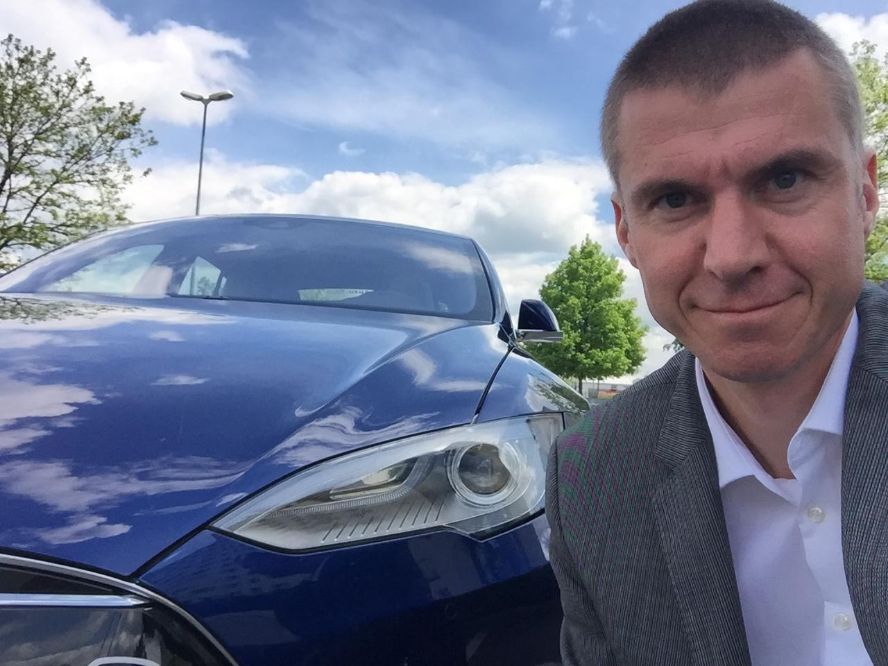 Markus Kohlmüller vom Tesla-Verleih ecario