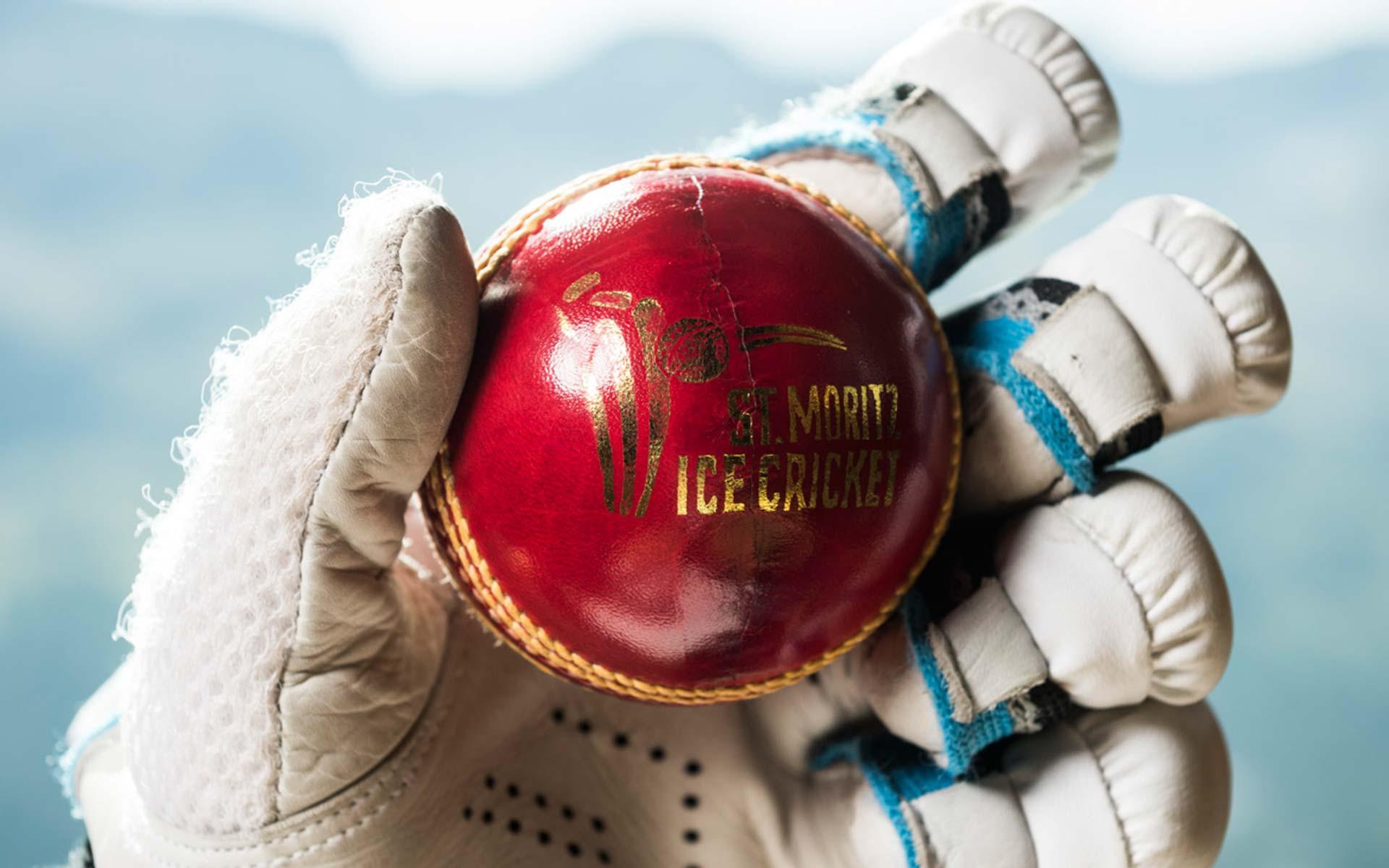 St. Moritz Ice Cricket im Badrutt's Palace Hotel